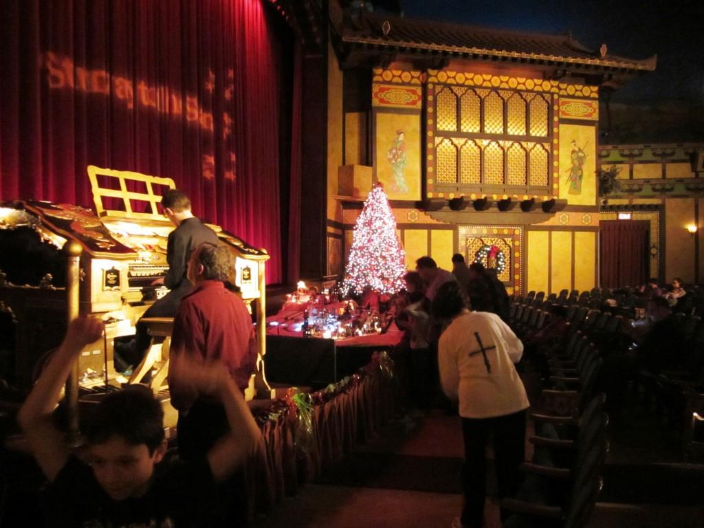 Redford Theatre, Organist Justin LaVoie, November 30, 2012