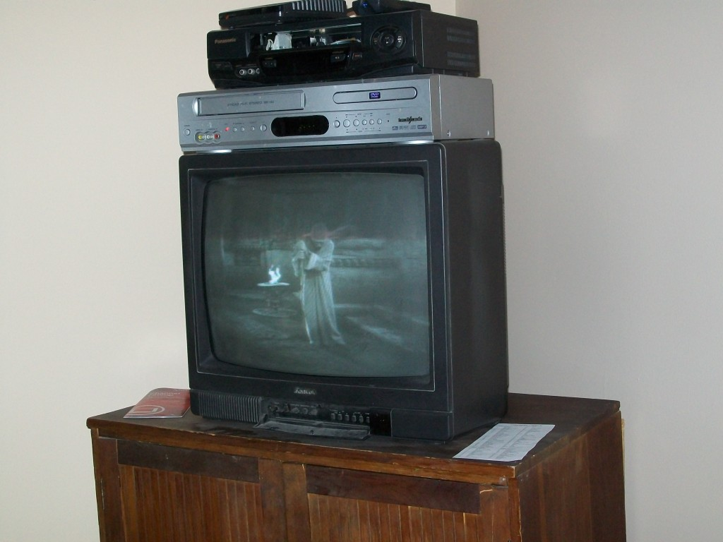 MGA CS-1946 television, May 4, 2014