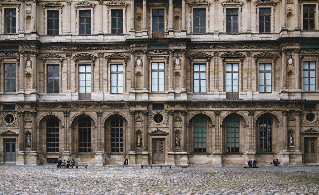 Louvre Museum (pixabay.com)